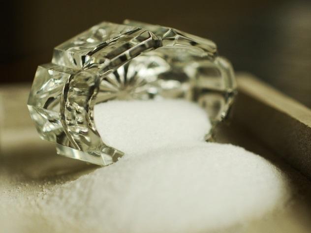 Жительнице Камчатки вместо одежды изинтернета отправили кило соли
