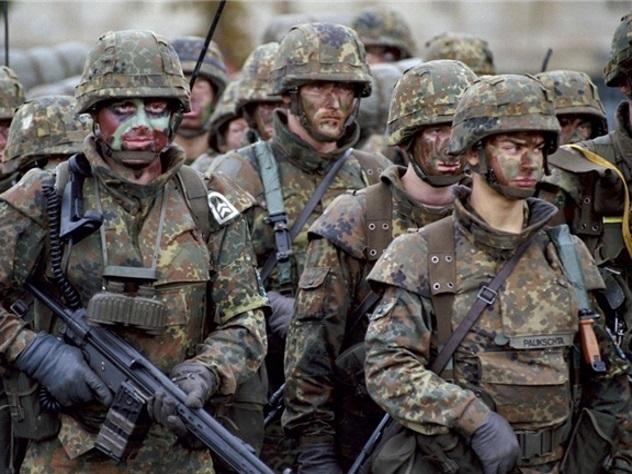 Эстония заподозрила Москву в провокации драк военных НАТО
