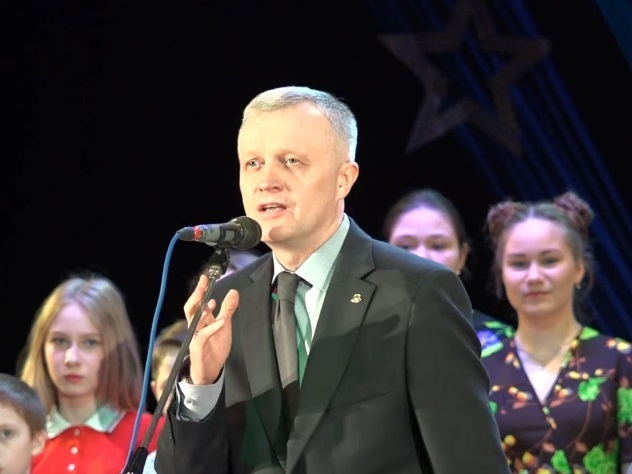 Мэр Красноуфимска посвятил КВН погибшим при теракте впитерском метро
