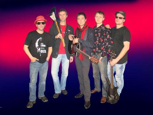 Музыкантов группы «Инглиш» связывают не только деловые отношения, но и многолетняя дружба