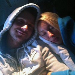 Сергей и Лера спали все 11 часов перелета