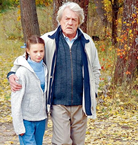 12-летняя Вика убедительно сыграла дочь провинциального врача (Леонид КУЛАГИН)