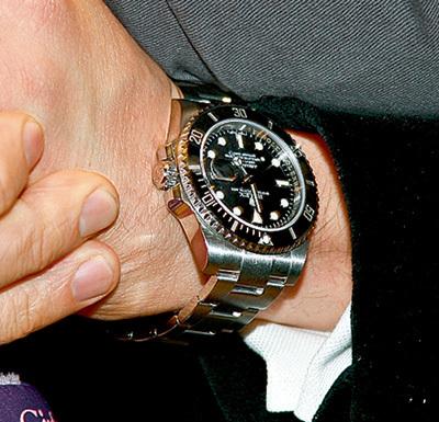 Репликант таких часов можно через Интернет за шесть тысяч рублей