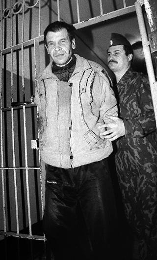 Владимир РЕТУНСКИЙ в декабре 1999-го после почти трёх лет пребывания в СИЗО. Теперь, после 11 лет колоний, он окреп и выглядит лучше, но фотографировать себя запретил