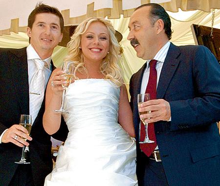 На шикарной свадьбе Юлии и Евгения в 2006 году Валерий ГАЗЗАЕВ был почётным гостем