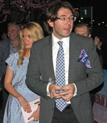 Андрй МАЛАХОВ с подругой Натальей ШКУЛЁВОЙ