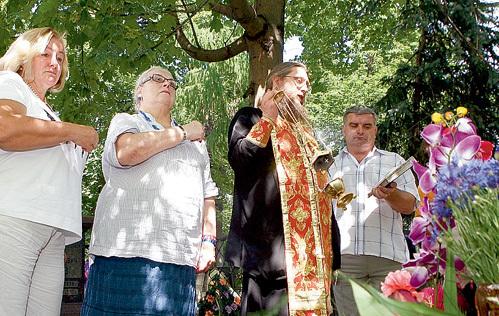 Во время литургии собравшиеся помолились за упокой души Василия Макаровича