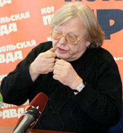 Юрий АНТОНОВ (фото Ларисы КУДРЯВЦЕВОЙ)