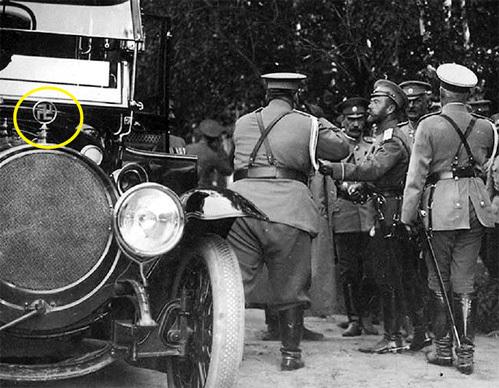 Войну с Германией Николай II начинал в автомобиле со свастикой