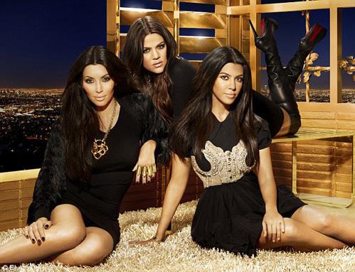 Ким, Хлое и Кортни КАРДАШЬЯН прославились и получили миллионы, благодаря собственному реалити-шоу