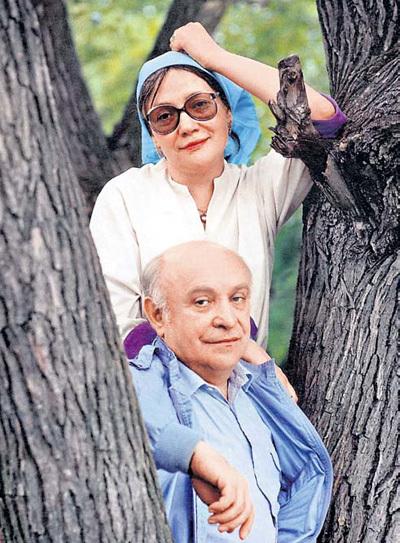 Елена САНАЕВА с третьим мужем и самым главным мужчиной в её жизни - актёром и режиссёром Роланом БЫКОВЫМ. Фото Игоря ГНЕВАШЕВА