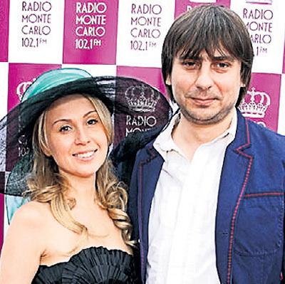 Роман недавно развёлся с женой Ириной (фото montecarlo.ru)