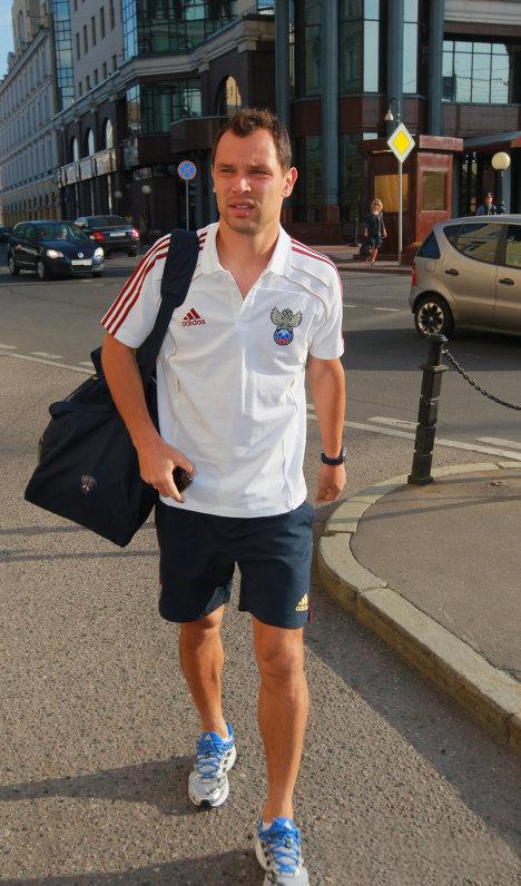 Сергей ИГНАШЕВИЧ сломал палец на ноге.