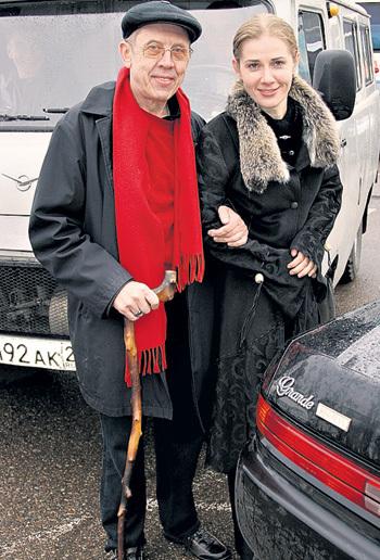 ЗОЛОТУХИН хоть и не басурман, но вторую жену завёл - актрису Ирину ЛИНДТ