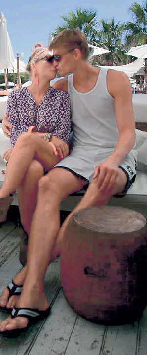 Андрей и Маша вместе уже больше десяти лет, но по-прежнему целуются на улице