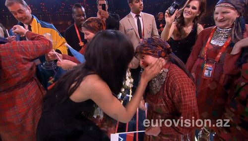 - Я очень люблю ваших бабушек! - призналась шведка. (фото Eurovision.az)