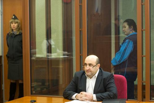 В зале суда адвокат уральской Раскольниковой намерен снизить срок отсидки своей клиентки до 15 лет. Для сравнения – такой срок судьи дают за убийство одного или двух человек