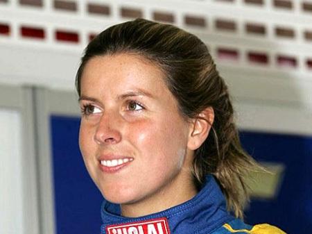 Мария де ВИЛЬОТА попала в аварию на болиде «Marussia Virgin» (Фото с сайта sovsport.ru)