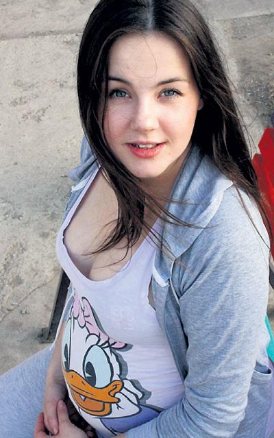 Беременность сделала Лену более женственной. Фото: vk.com