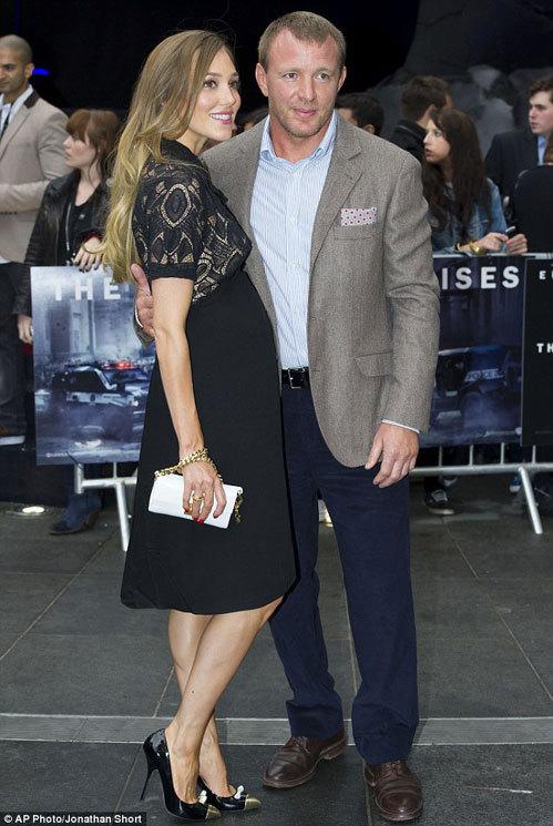 Джеки ЭЙНСЛИ и Гай РИЧИ (Фото Daily Mail)