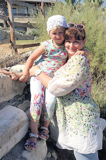 Юлия отдыхает исключительно в тех местах, где дочке было бы комфортно