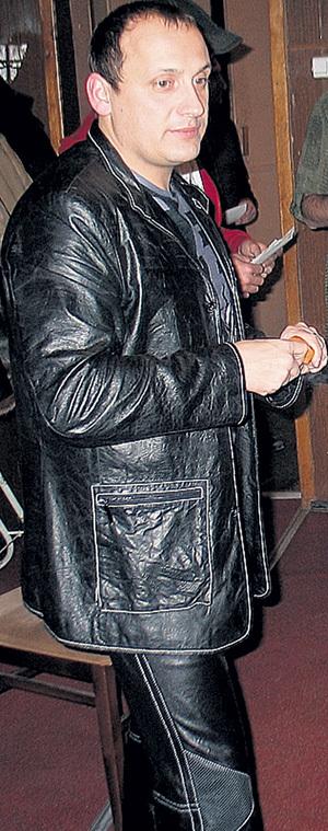 Первые костюмы Стасу МИХАЙЛОВУ отбирал лично его благодетель - Владимир МЕЛЬНИКОВ