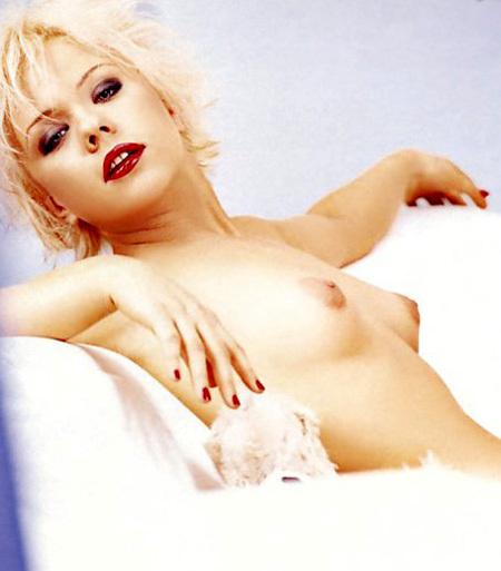 В некоторые моменты ПЕРОВА может быть очень женственной и соблазнительной. Фото: «Playboy»