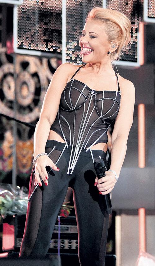 Анжелика ВАРУМ доказала витеблянам, что находится в прекрасной не только вокальной, но и физической форме