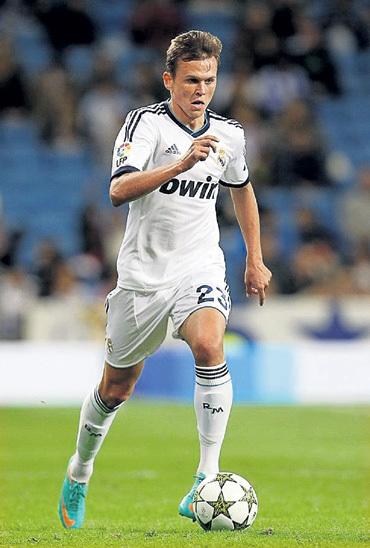 Пока Денис играл за мадридский «Реал» только в товарищеских и кубковых матчах. Фото: Twitter