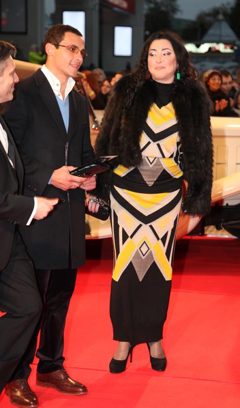 Лолита с мужем Дмитрием Ивановым на премьере мюзикла