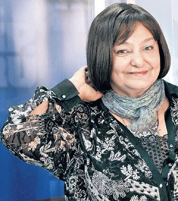 Наталье Сергеевне к финансовым тяжбам не привыкать: в апреле 2013 г. она задолжала 65 тыс. руб. гостиничному комплексу Салехарда, где жила съемочная группа фильма «Тайны Снежной королевы»