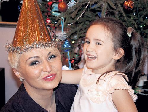 Четырёхлетняя дочь Эмилия попросила у мамы много «Киндер-сюрпризов»