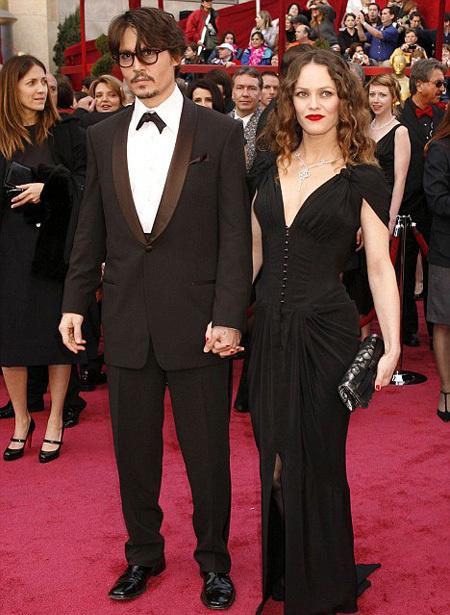 Джонни ДЕПП и Ванесса ПАРАДИ. Фото: Daily Mail