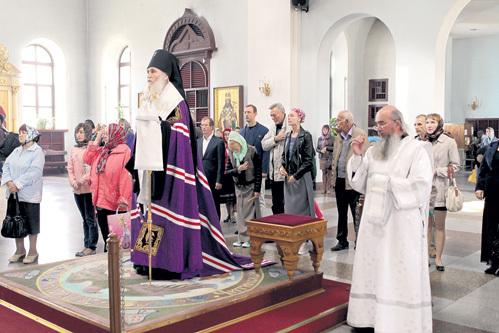 На молебне в Читинском кафедральном соборе участники фестиваля получили благословение на проведение «благого для края дела» от епископа Евстафия