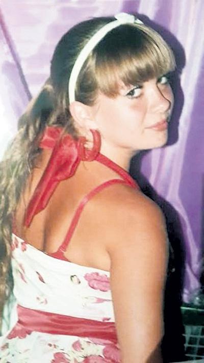 Эту цветущую молодую женщину мерзавцы пытают второй месяц