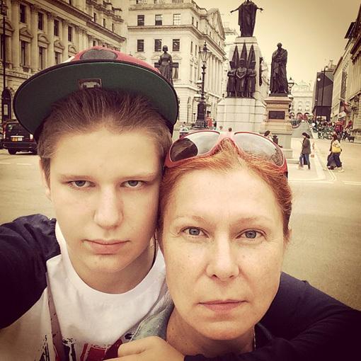 Даниил ВИТОРГАН с мамой, актрисой Викторией ВЕРБЕРГ