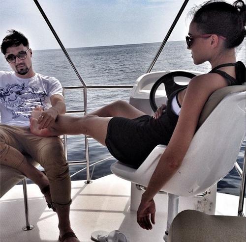 На Мальдивах Дима БИЛАН нежно массировал Кристине пяточки (фото: Instagram Димы БИЛАНА)