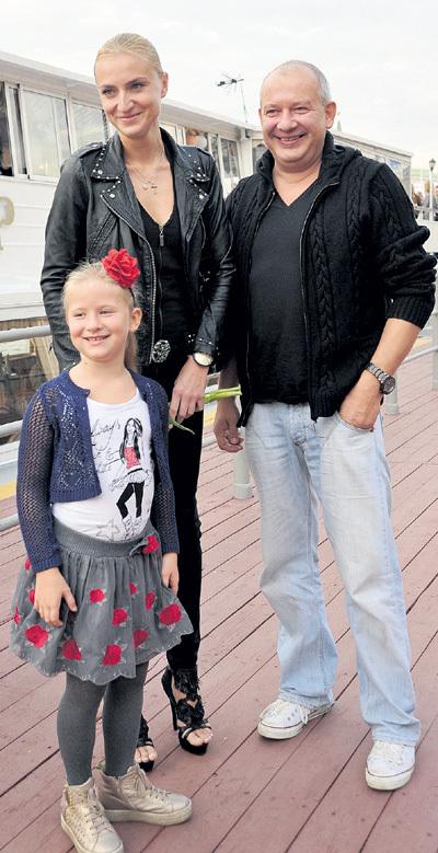 Ради Ксюши и её дочки Анфисы актёр готов на всё