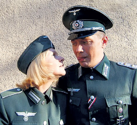С Татьяной ОШУРКОВОЙ в военном фильме «Без права на ошибку»