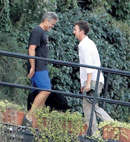 Джордж встретил Эдварда на лестнице у причала, а тот, слегка оробев, даже снял шляпу