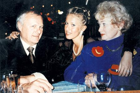 Анатолий СОБЧАК скрывал свои похождения от дочки Ксюши и супруги Людмилы НАРУСОВОЙ
