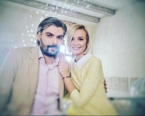 Полина ГАГАРИНА с мужем (фото Instagram.com)