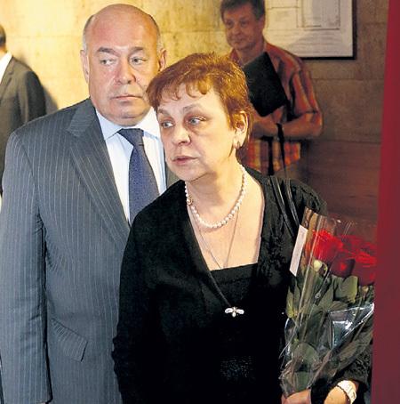 Марина ПОЛЯК, супруга Михаила ШВЫДКОГО, раньше работала в «Приюте комедиантов» редактором
