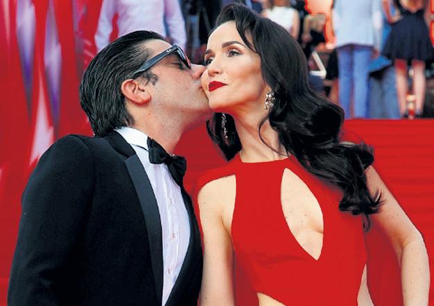 Наталья охотно отдавалась страстным поцелуям