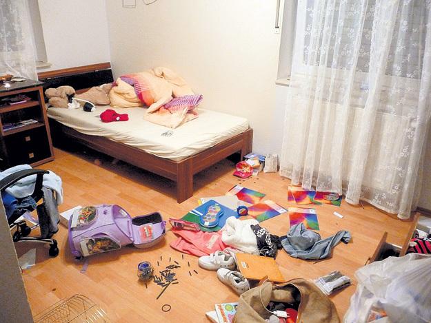 Так выглядела детская комната после обыска