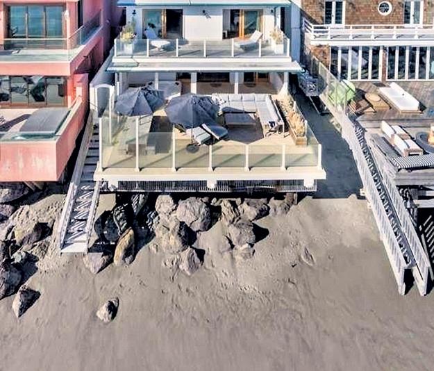 Площадь пляжного дома ДИКАПРИО 165 квадратных метров, в нём три спальни и две ванные комнаты