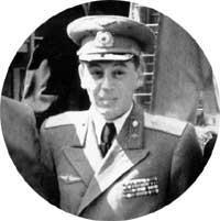 ГЕНЕРАЛ ВАСИЛИЙ СТАЛИН: сын Иосифа Виссарионовича ценил солдатский юмор