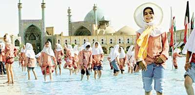 ШКОЛЬНИЦЫ: больше всего любят праздник, приуроченный ко дню рождения фатимы - единственной дочери пророка Мухаммада