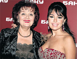 ДВЕ ПРИМЫ: Лейлу в отличие от Тамары Синявской...