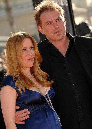 Джиллиан Андерсон с гражданским мужем Марком Гриффитсом